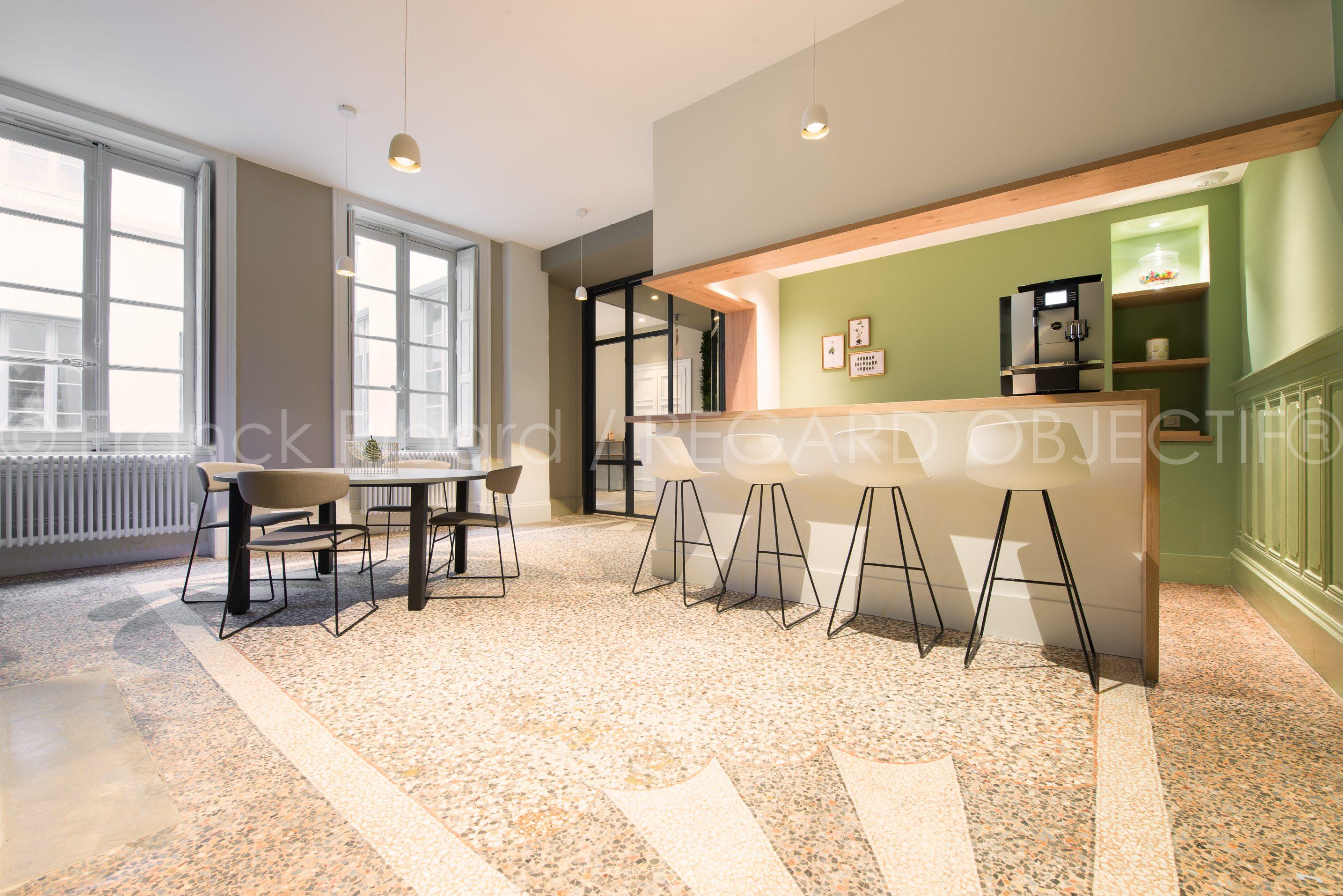 photographie de franck ribard - regard objectif - photographe architecture lyon - Maison Lassagne